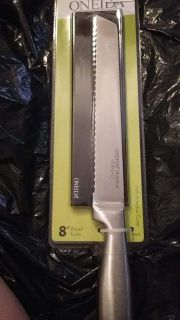 cutting bread knife with case