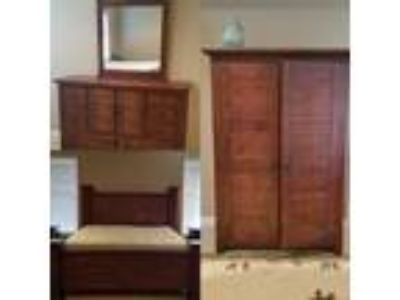 Solid Wood Cali-King Sized Bedroom Set 1,000.