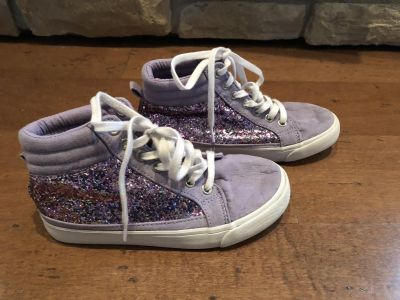 Girls 13 Old Navy sparkly high tops