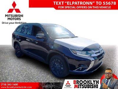 2018 Mitsubishi Outlander SE (Labrador Black)