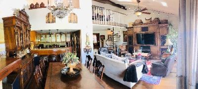 Exquisite Canyon Lake Estate Sale