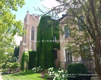 Updated 2 Bed 1 Bath Apartment- Beautiful Historic Church Converted Apartments in Heritage Hill! - Lofts On Prospect