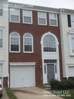Garage Townhome Near VRE Station!