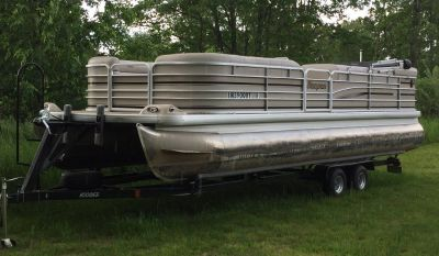 Pontoon Boat Rentals Great Rates for 2018 Book Now