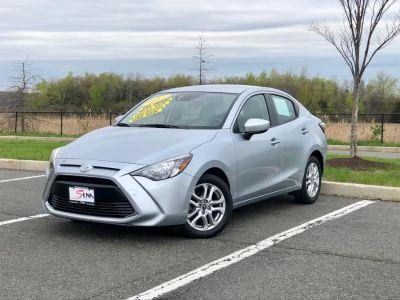 2017 Toyota Yaris iA Auto (Natl) (Silver)