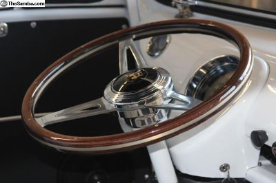 ISP Classic 380 Wood Steering Wheel