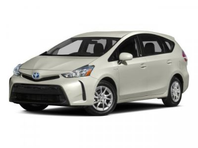 2015 Toyota Prius v Two (Blizzard Pearl)