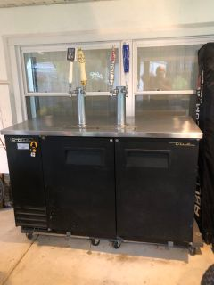 4 keg kegerator holds 2 halves and 2 sixtels