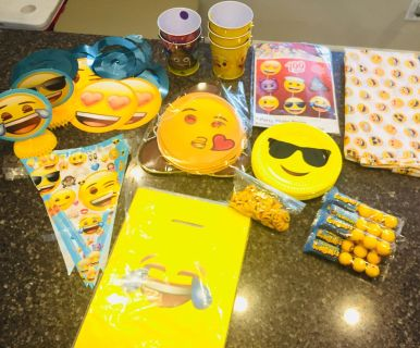 Assorted Emoji Party Items