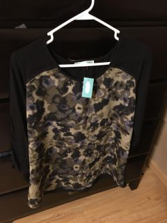 NWT Maurice s size XL