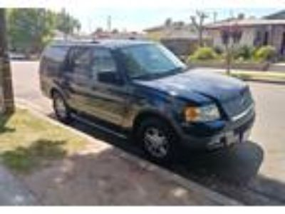 2004 Ford Expedition SUV in Fresno, CA