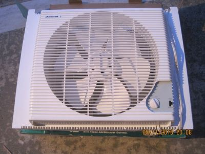 "12"" WINDOW FAN"
