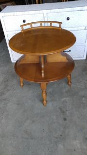 2 Tier 60s Round Table. 25 round. Height 26