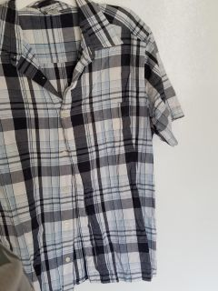 Means old navy button up shirt size L