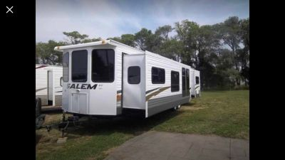 2009 Forest River Salem 392FKRB