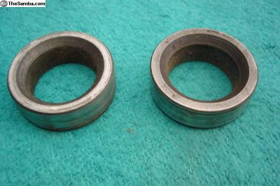 Pair Rear Axle Seal Races