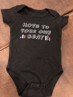 Move To The Beat Black Adorable Playsuit Onesie. Very Nice Condition. Size 0-3 Months