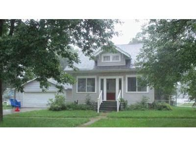 3 Bed 2 Bath Foreclosure Property in Wakefield, NE 68784 - W 2nd St