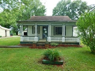 1 Bed 1 Bath Foreclosure Property in Mount Sterling, KY 40353 - Camargo Levee Rd