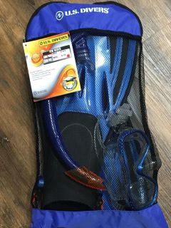 Swim fins with snorkel and 2 masks