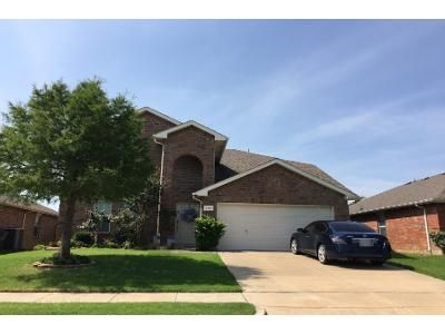 3 Bed 3 Bath Preforeclosure Property in Little Elm, TX 75068 - Puerto Lago Dr
