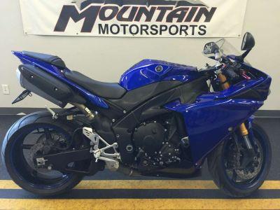2010 Yamaha YZF-R1 SuperSport Motorcycles Ontario, CA