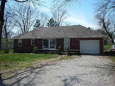 3 Bed 2 Bath Foreclosure Property in Lawson, MO 64062 - N Ingles St