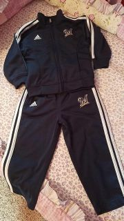 Unisex toddler Brewers sweatsuit size 24 months$6