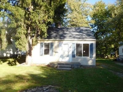 2 Bed 1 Bath Foreclosure Property in Lansing, MI 48910 - Paris Ave