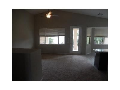 1 Bed 2 Bath Foreclosure Property in Surprise, AZ 85374 - W Camino Real Dr