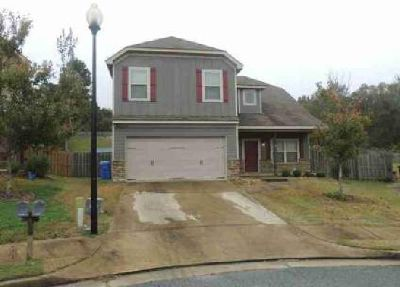 8202 Lantern Court Columbus Five BR, this home is located on a