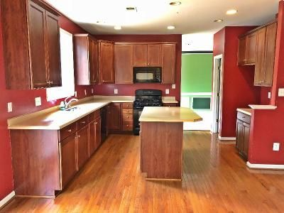 4 Bed 3.5 Bath Foreclosure Property in Bristow, VA 20136 - Placid Lake Ct