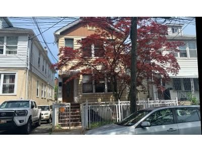 7 Bed Preforeclosure Property in Bronx, NY 10466 - Edson Ave