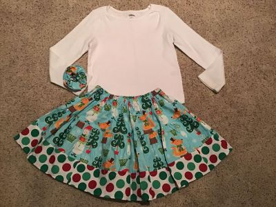 Gymboree white top size 6 & handmade Christmas print skirt size 5 with matching ponytail holder