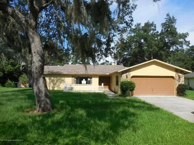 3 Bed 2 Bath Foreclosure Property in Spring Hill, FL 34608 - Jena Rd
