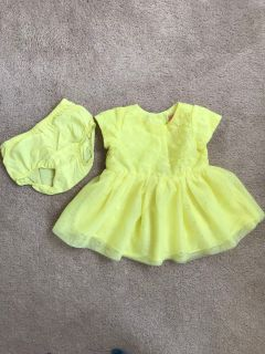 Cute dress with diaper cover 0-3 months