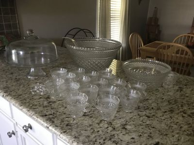 18 piece punch bowl set w/hangers; and dome cake keeper which converts into punch bowl