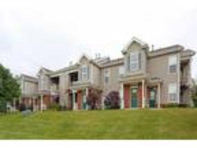 Skyridge Club Apartments - Ozark I