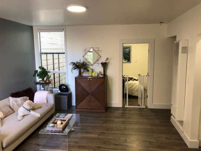 1 bedroom (clean, newly renovated) apartment for lease takeover