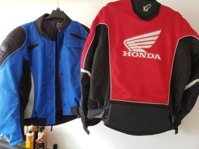 Motorcycle Jackets: 1 Red/1Blue