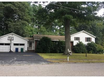 3 Bed 1 Bath Preforeclosure Property in Billerica, MA 01821 - Little John Dr