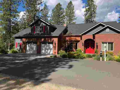 414 Couples CT Chewelah Three BR, One of the nicest custom homes