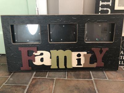 Family 3 picture frame
