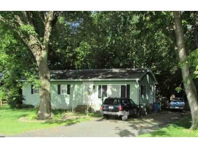 3 Bed 2 Bath Foreclosure Property in Easton, MD 21601 - Chapel Rd