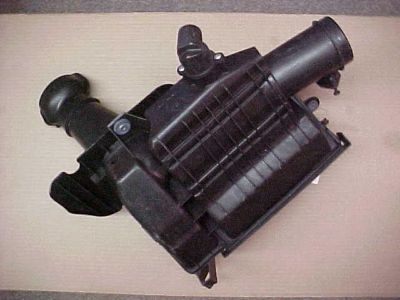Sell Porsche 986 Boxster 1998-2004 air cleaner air filter housing 99611012106 motorcycle in Oklahoma City, Oklahoma, US, for US $119.00