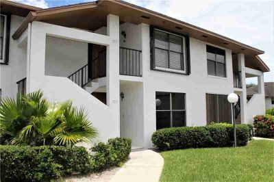 950 S Kanner Highway #703 Stuart, Great Two BR first floor