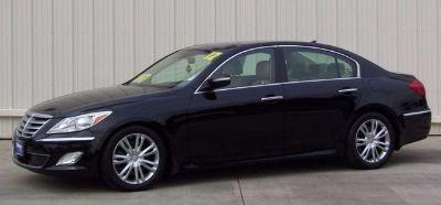 2012 Hyundai Genesis 3.8L V6 (Black Noir Pearl)