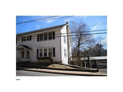 3 Bed 1 Bath Foreclosure Property in Milford, NJ 08848 - Milford Mount Pleasant Rd