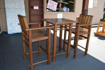 Pub Height Patio table & 2 Chairs