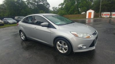 2012 Ford Focus SE (Grey)